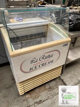 ISA Isetta 4ST White Flat Glass Ice Cream Display Freezer