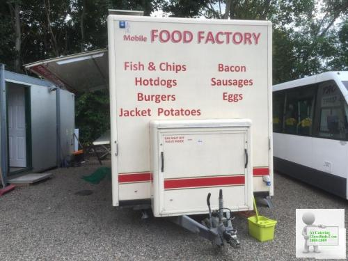 LARGE MOBILE CATERING/SNACKBAR VAN FULLY LOADED READY TO GO