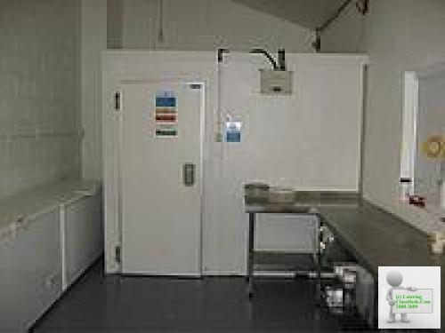 CATERING EQUIPMENT 9ft x 8ft cold room